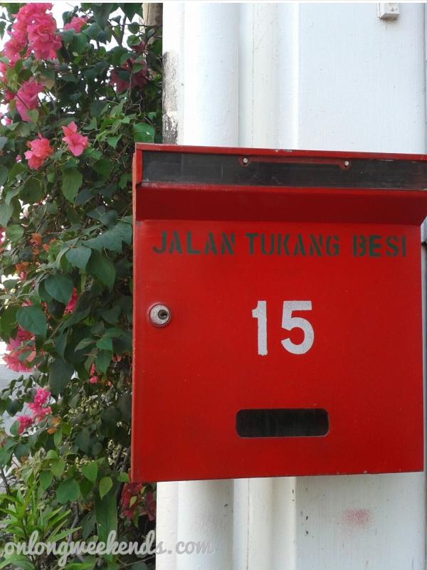 red postal box